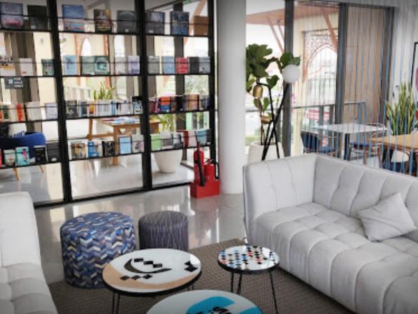 Author Badria Al Bishr to give talk at Al Rawi Bookstore & Café